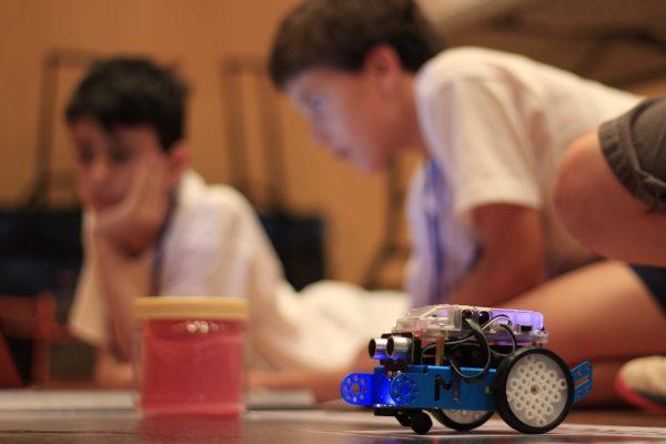 Copa Makeblock Atlantis Andalucía 2018: competición de robótica para niños de primaria y secundaria