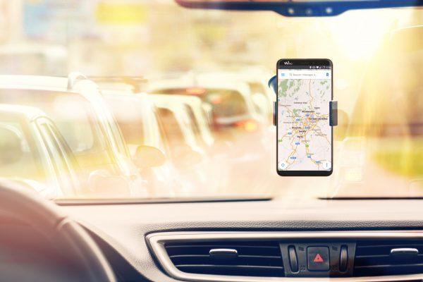 """Consejos para sacar la mayor utilidad a tu smartphone durante la """"operación salida"""" de vacaciones"""